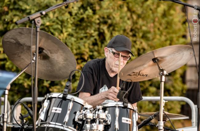 Bruce Ditmas